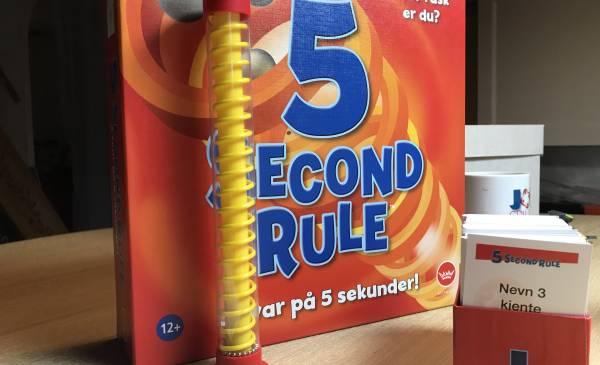 5 Second Rule – Jeg tester spill jeg vanligvis ikke spiller.